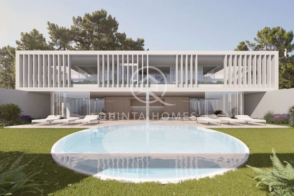 Well located building plot with project in Quinta do Lago